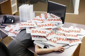 Почему письма попадают в спам