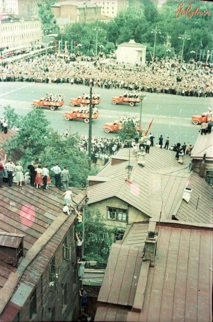 Открытие Всемирного фестиваля молодежи и студентов 1957 года
