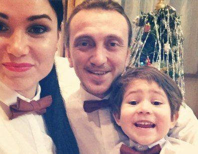 Дорохов Денис с женой и детьми