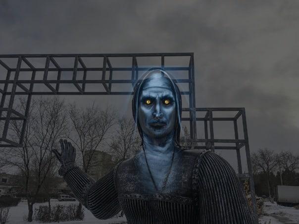 Памятник Аленке в Нововоронеже - мемы