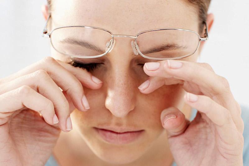 болят мышцы и глаза